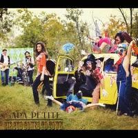 """SARA PETITE – """"Circus Comes To Town"""""""