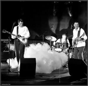 NESALOMIVI..Band Picture