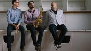 AB Trio Band picture actual