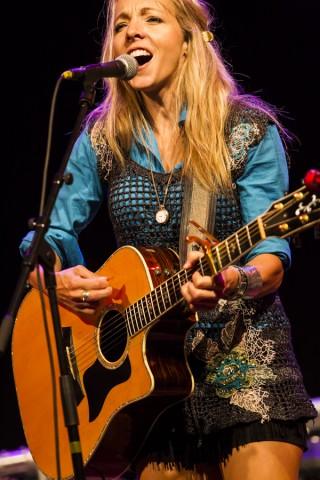 Melanie Dekker  (Canada)